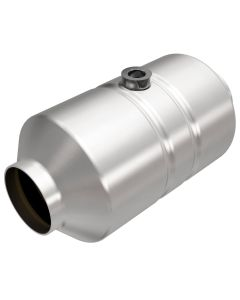 "MagnaFlow MAG-541356 Stainless Federal Catalytic Converter with 1x O2 Sensor Port (2.5"" IN\/2.5"" OUT) Small Image"
